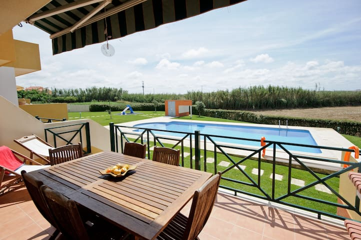 Perfect Beach House in Ericeira - Ericeira - Dom