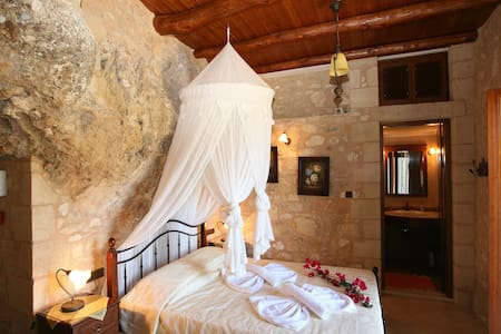 Luxurious stone villa in Crete - 하니아