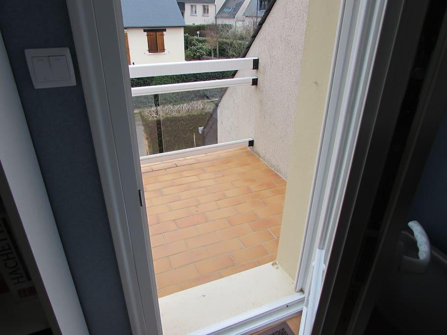 Accès direct à un balcon.
