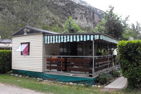 MOBIL HOME 4/5 PLACES - Ornolac-Ussat-les-Bains