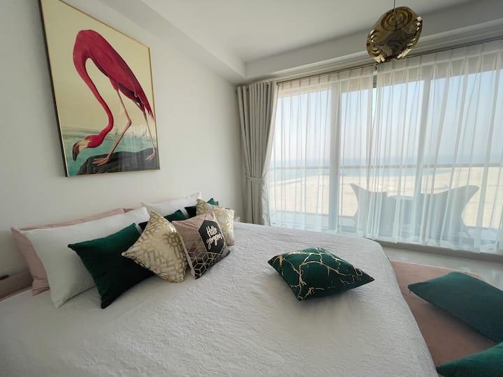 Elegant Newly-Renovated Sea-View Home