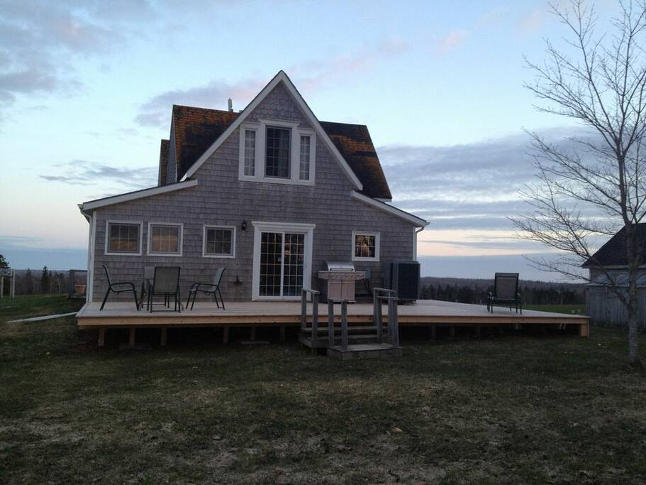 Large deck in the back