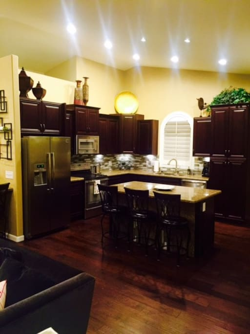 Open kitchen, granite, stainless steel appliances