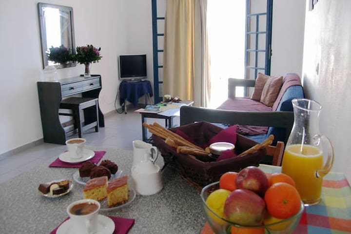 AFRODITI apartments with sea view! - Makry Gialos - Appartement