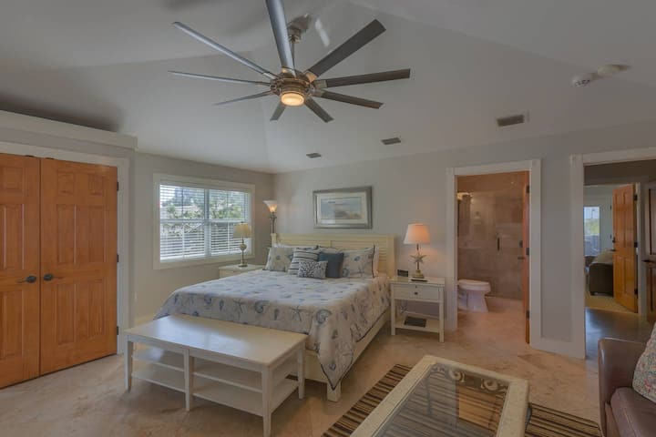 Turtle Shell Suite - Cape San Blas Inn