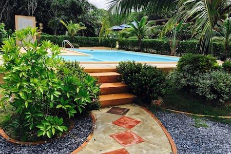 Veranda Lanta Resort(Triple room) - Koh Lanta - Bed & Breakfast
