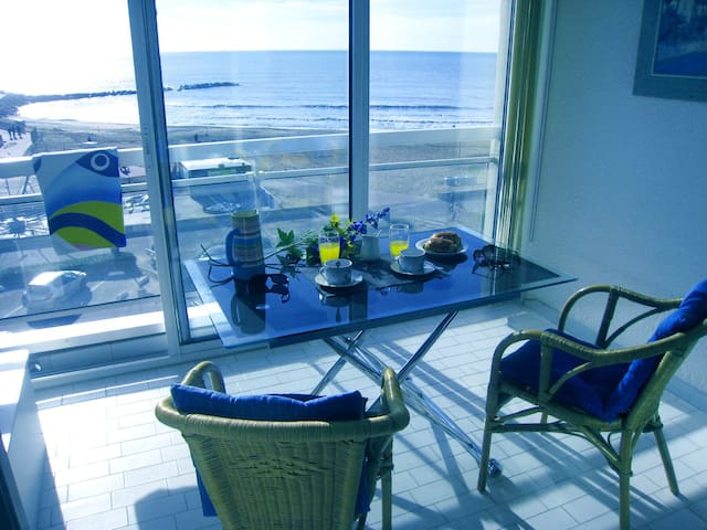 Breathtaking view facing the sea - Palavas-les-Flots - Apartamento