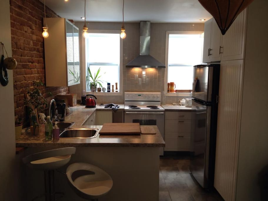 renovated large kitchen, with dishwasher