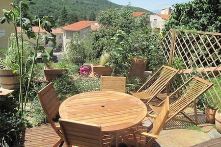 Appartement T2 Jardin/terrasse - Vernet-les-Bains