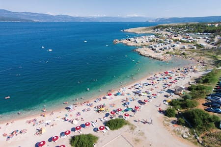 Appartments for 7 persons 100m from beach - Šilo