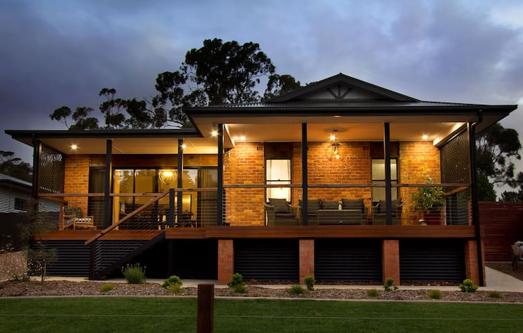 Immerse yourself in Barossa Luxury