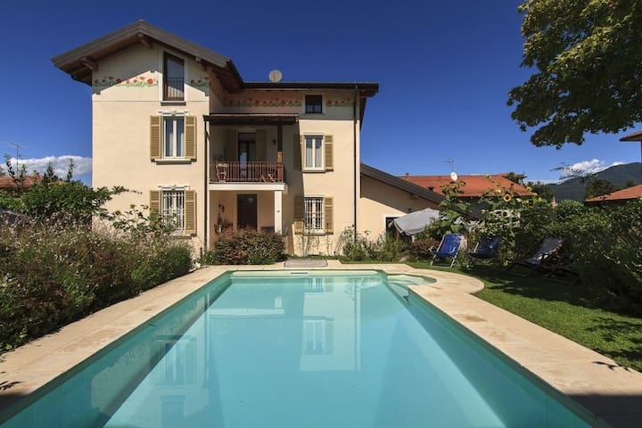 Pleasant home with private pool! - Besozzo - Villa