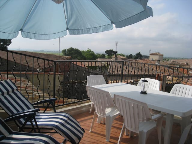3bd Village house South France Languedoc 75m Siran