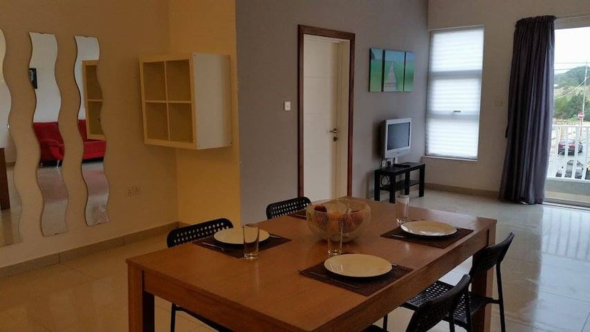 Mgarr 5 persn wifi  l/o Golden snd - Mgarr - Apartment