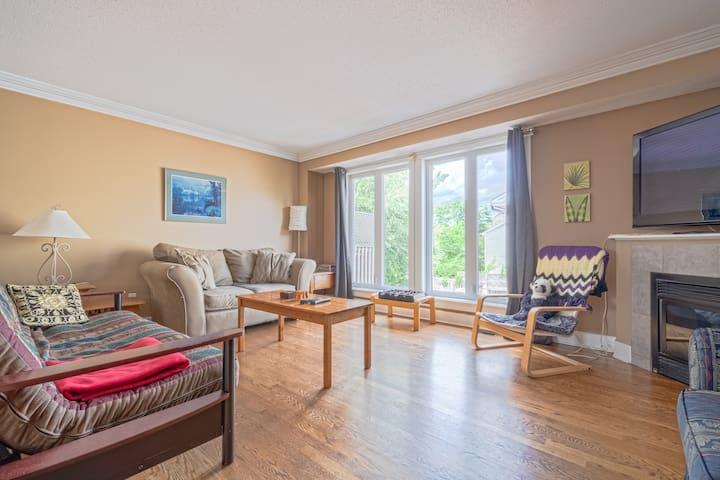Modern 4 bedroom townhouse in downtown Ottawa