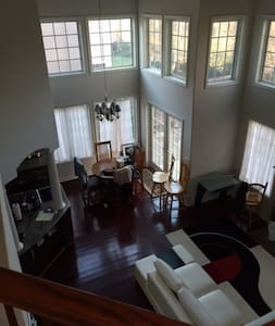 1 Day Only Room for rent - Danville