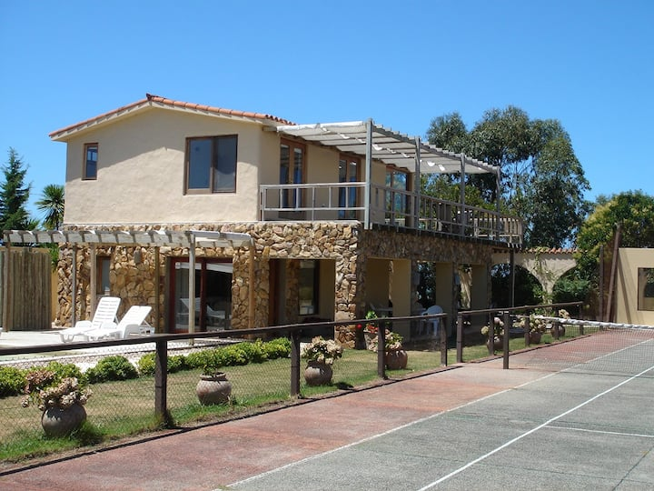 Punta del Este, El Chorro,cancha de tenis, pileta!