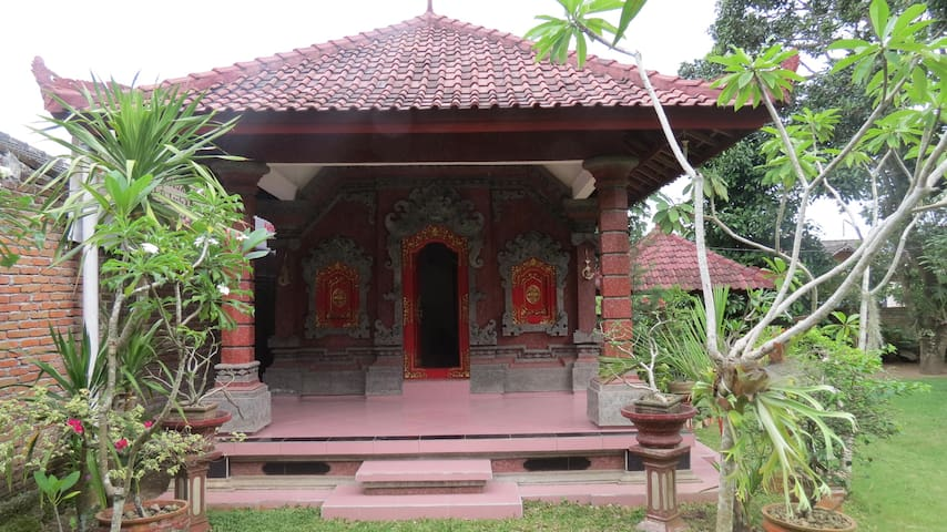 Whiz House - Praya/Kopang