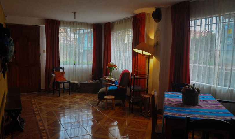 5 min. walk from Main Square, Comfy and friendly