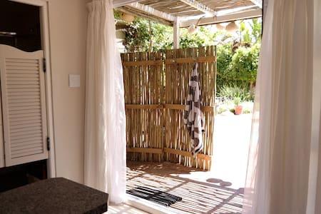 Studio garden flat | Mountain,Beach - Cape Town