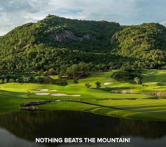 Black Mountain Golf Club - #S303 - Hin Lek Fai