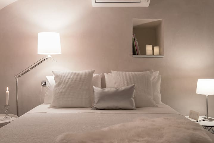 Glam Brera!Interior-designed flat, natural flavour