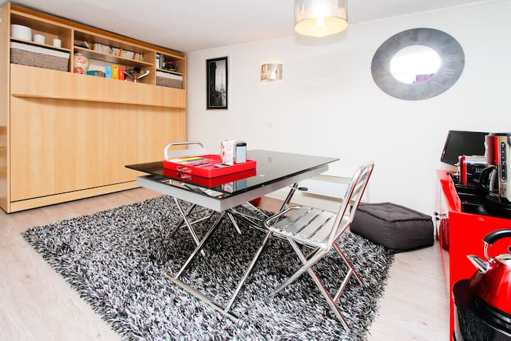 Studio Charmant 212 Fbg St Martin - Paris - Appartement
