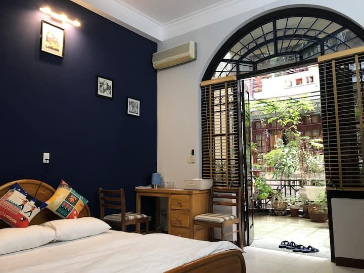 Bedroom with garden in the center of Hanoi