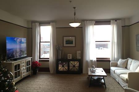 Perfect 2BR/2BA Downtown/Southside Apartment - 채터누가