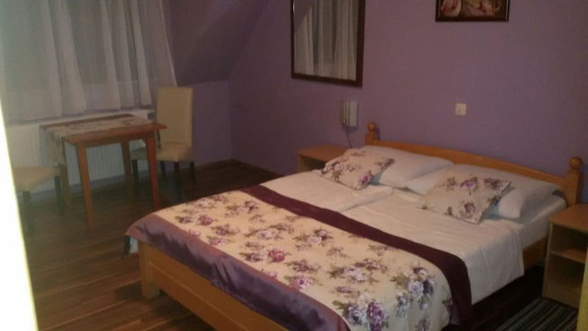 B&B double room in the center of PLITVICE LAKES