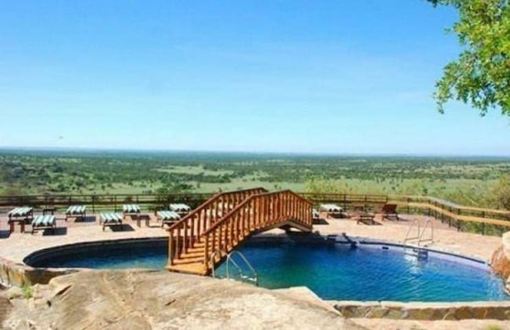 Global Beautiful Scenery Lodge