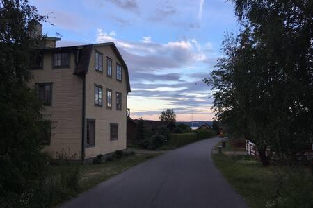 Fantastic location at lake Siljan