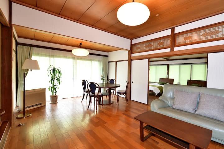 Just opened! Spacious two-story house in Kamakura.