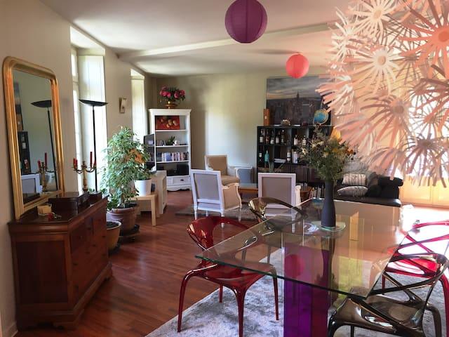 Appartement chic & élégant dans immeuble classé - Bagnoles-de-l'Orne - Apartment