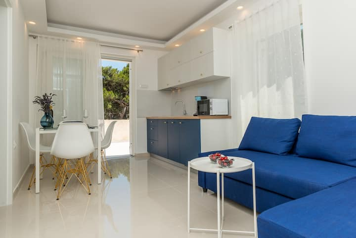 Čikat bay Residence (Golden shell)
