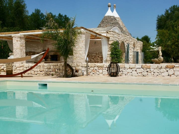 I Trulli del Gattopardo with Pool in Ostuni