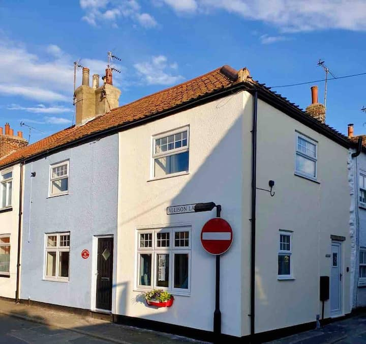 Smugglers Cottage, in the heart of Flamborough
