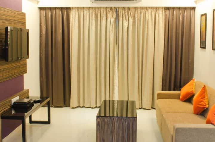 2 BHK fully furnished apt in Pune with kitchen