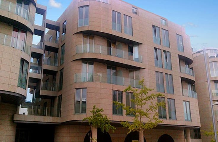 Tres Sirenas Apartamentos-Foz