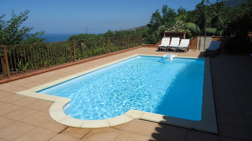 Beautiful Country House with heating pool and view - La Orotava - House