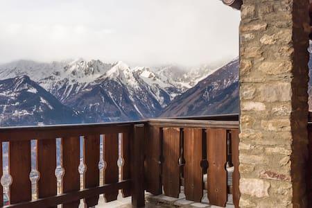 Sotto al Monte Bianco