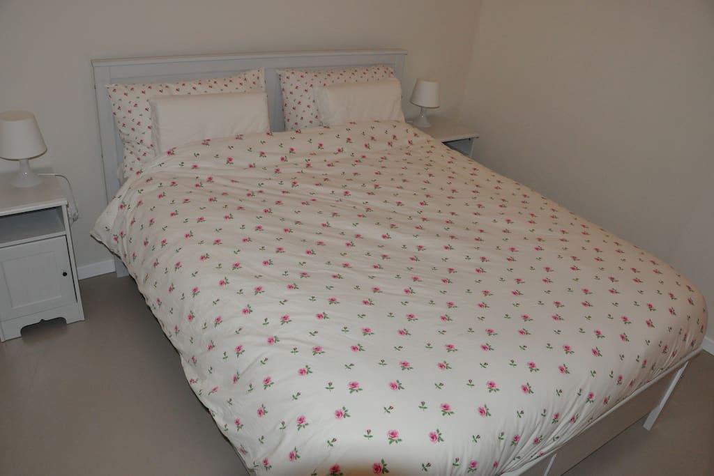 Bedroom Tina