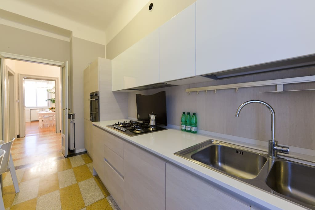 A modern and full equipped kitchen