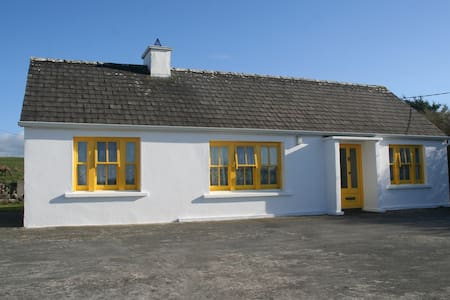 Traditional Irish Cottage in Doolin