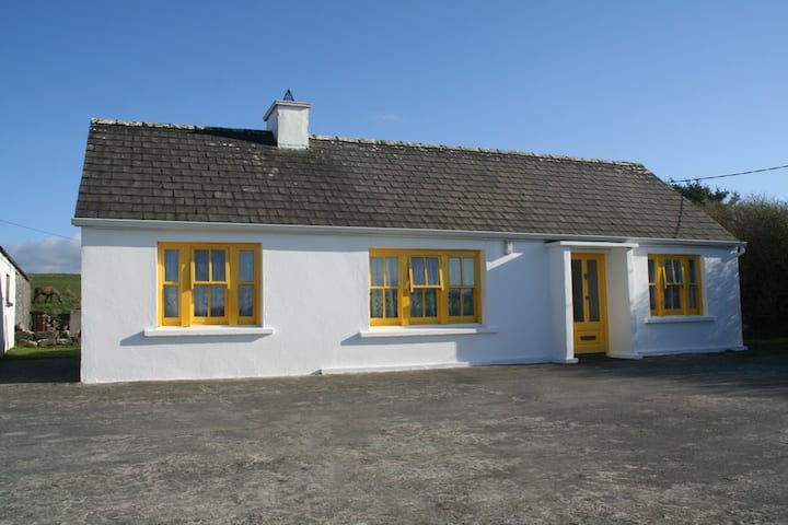 Doolin home from home. Cosy traditional cottage
