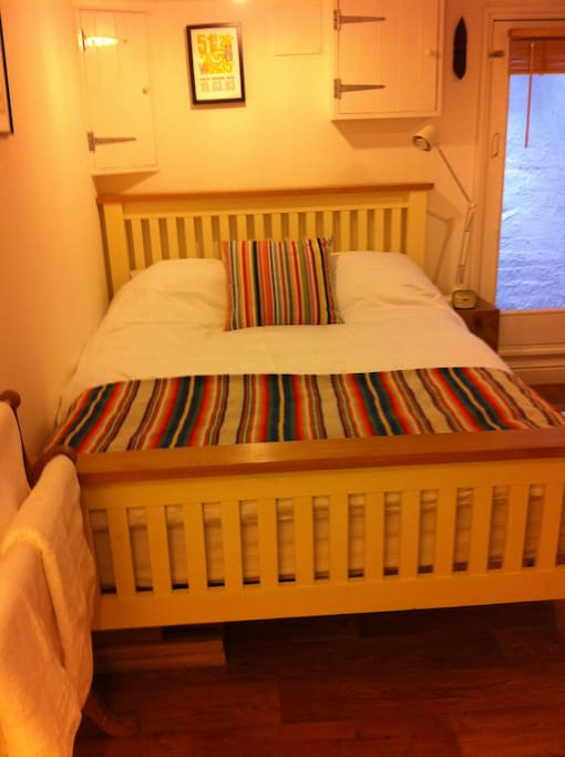 Hereford Room To Rent Couple