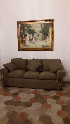 Angolo relax con divano letto.