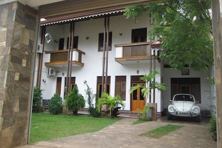 New fully furnished upstair house - Katunayaka - Haus