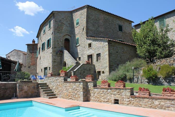 Nightingale, Tuscany Family Villa - La Strada-santa Cristina - Haus