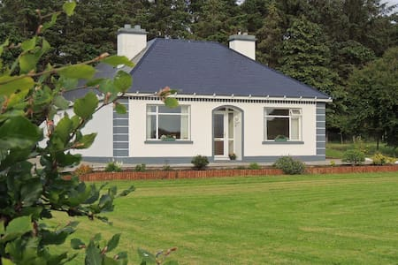 Green Acres  Self Catering Holiday Home - Claremorris